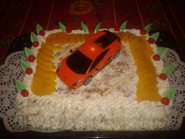 Gâteau réaliser pour l'anniversaire d'un Monsieur de 85 ans