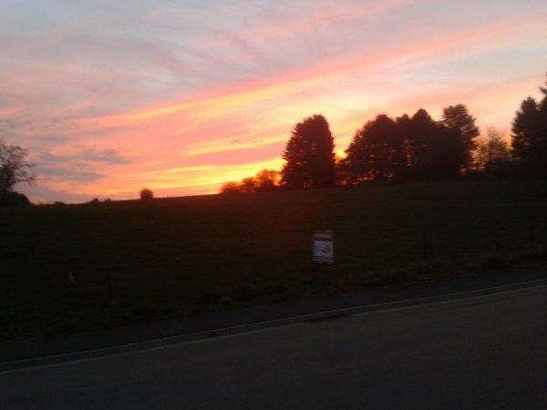 J'adore ,beau lever de soleil