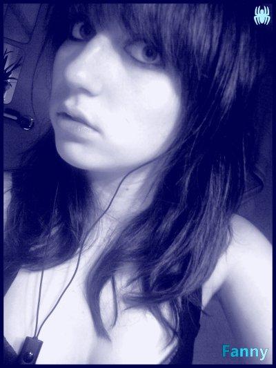 Regarde moi dans les yeux, esquisse un sourire et promets de ne plus mentir.