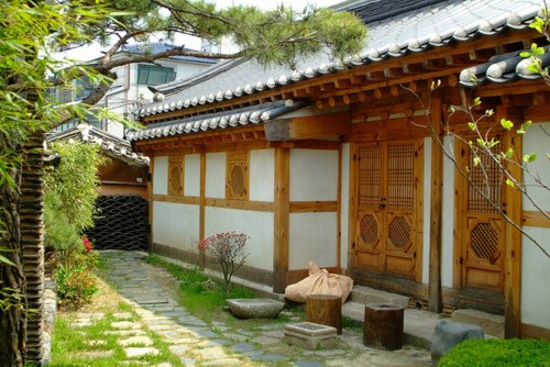 Traditions 3 : hanok, l'âge et Manhwa