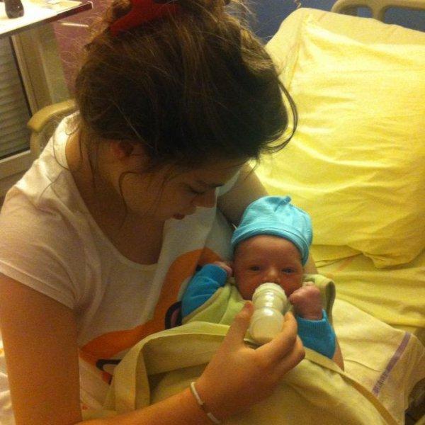 mon fils & moa a la maternité