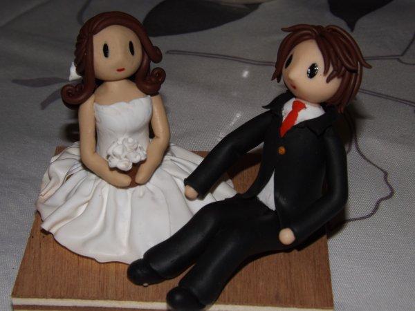 Un couple de mariés