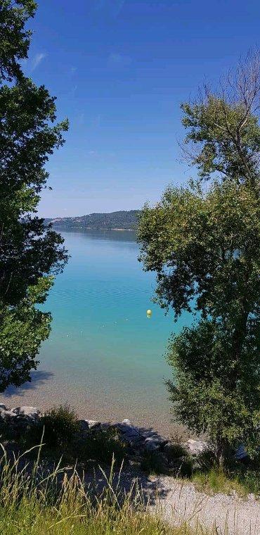 Gorges du Verdon.. Plateau de valensole. Lac de Sainte croix