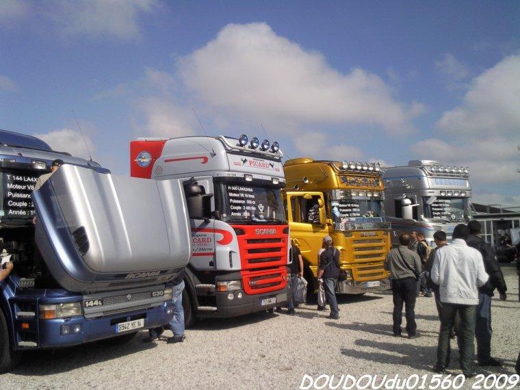 Stand Scania 40 ans du V8 1969 2009 - 24H du Mans 2009