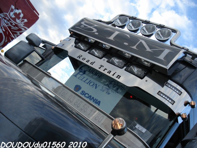 Scania R620 V8 et Scania T580 V8 STM - 24H du Mans 2010