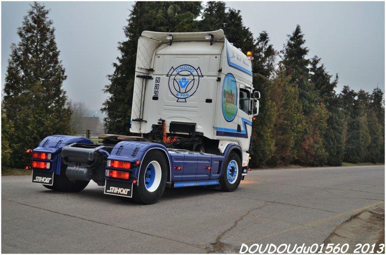 Scania 164L 580 V8 et R730 V8  Transports D'Hoine - Truckshow Ciney 2013