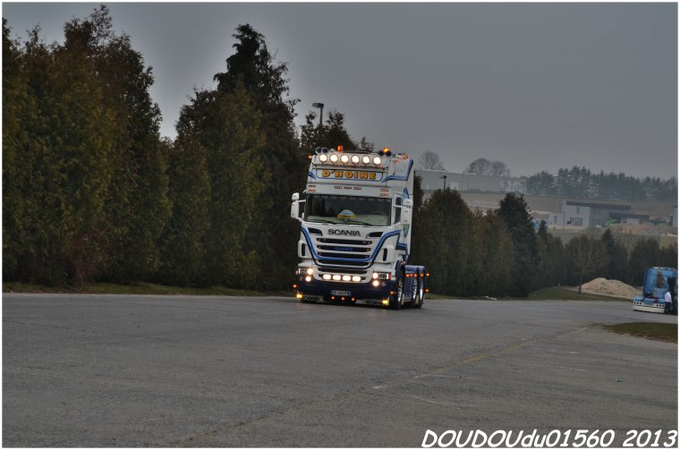 Scania R730 V8  Transports D'Hoine - Truckshow Ciney 2013