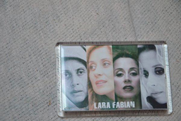 magnet  Lara Fabian