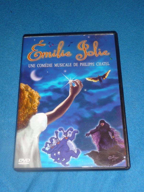 DVD comédie musicale Emilie Jolie
