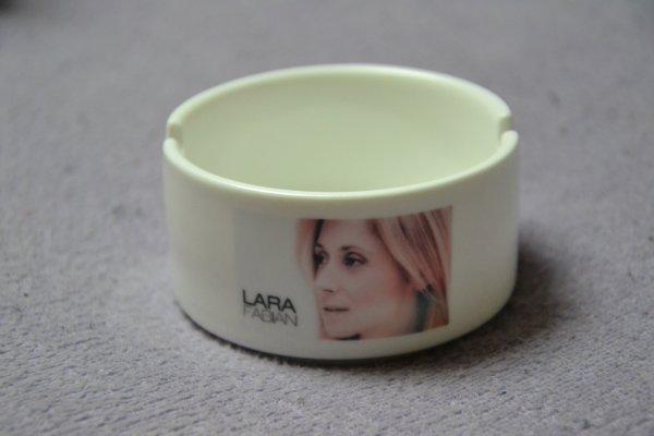 Cendrier Lara Fabian