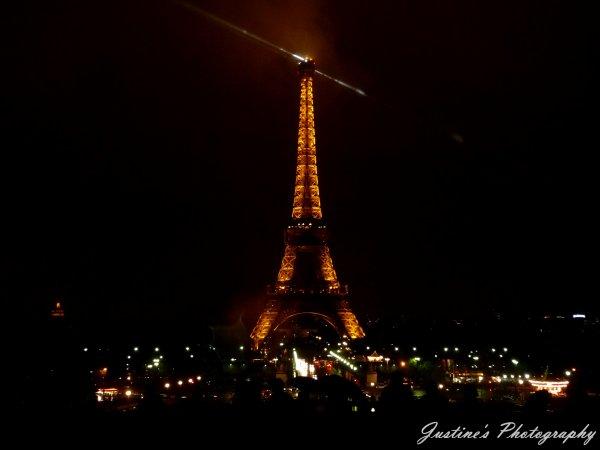 ♦ Paris  ♦