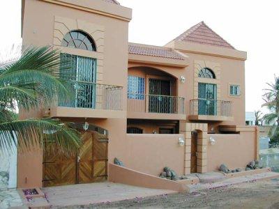 A vendre alouer une belle villa a yoff virage a louer et a vendre for Site de villa a louer