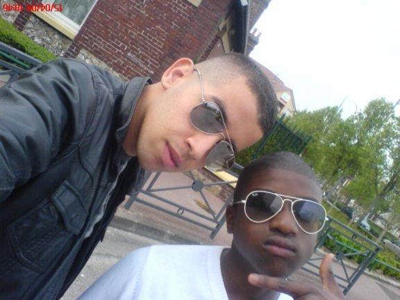 -...>>  moii & moussa - Chutte & Admiire    #