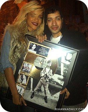 Rihanna:Disque D'or