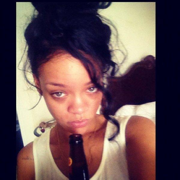 Rihanna boit pour noyer son chagrin