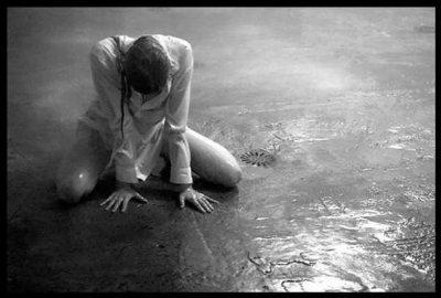 « L'espoir est le pire des maux, car il prolonge la souffrance de l'homme » Nietzche