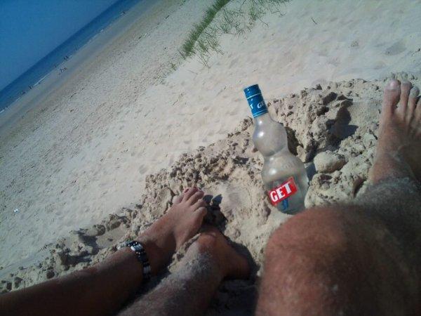 "Spiaggia, calore, ""caro"":p e... Get :)! Mi piaceeee!"
