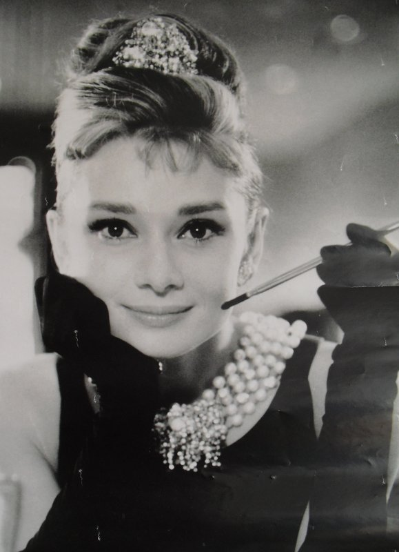 OCCUPE-TOI D'AMELIE et BREAKFAST AT TIFFANY'S. WOMEN, WAKE UP !