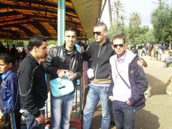 Mes amis:)