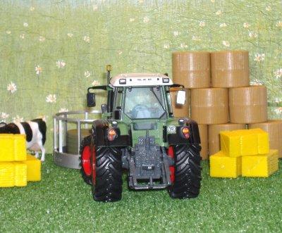 Tracteur Fendt 820 Vario