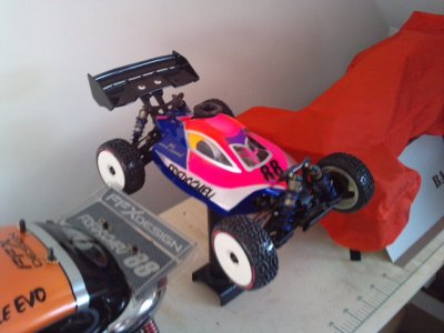 Mon XRAY 808 moteur NOVAROSSI 3.5cc...