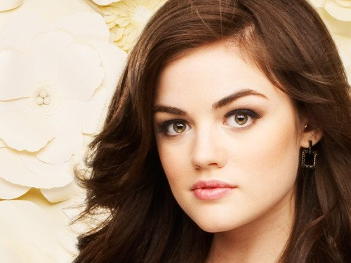 Le personnage Aria Montgomery ...