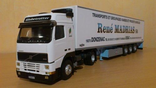 VOLVO FH12 semi frigo CHEREAU RENE MADRIAS SA (Réf: 114632)