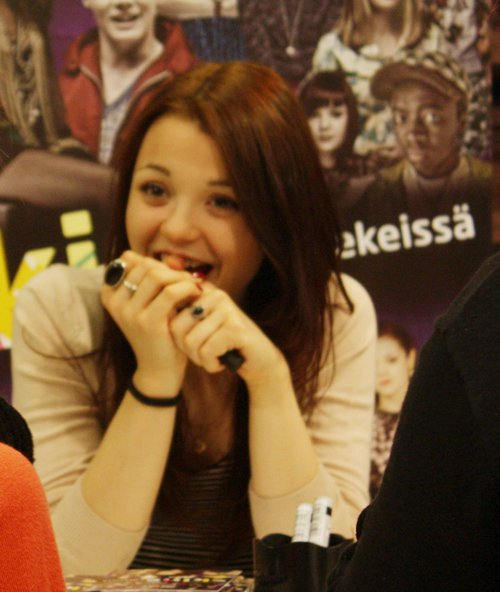 - Lily, Kat et Meg -