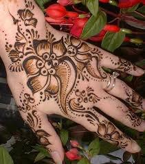 Tatouage temporaire au henné: