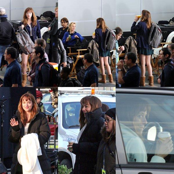 Dakota et Eloise (Kate) tournant la scène où Kate emmène Ana à l'aéroport de FSOG, à Vancouver.