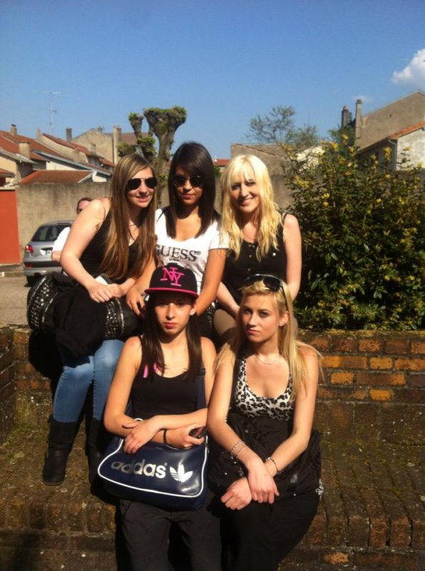 Sarah , Morgane , Mégane , Elise & Moi