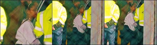 """"""" -23/12/19 •- La magnifique Ariana Grande a été photographiée alors qu'elle prenait son jet privé' à Los Angeles !La belle Ariana Grande n'a pas assuré' au niveau des photos ! Espérons 'qu'elle se rattrape vite dans les prochains jours, un bon gros flop pour les crocs. ."""