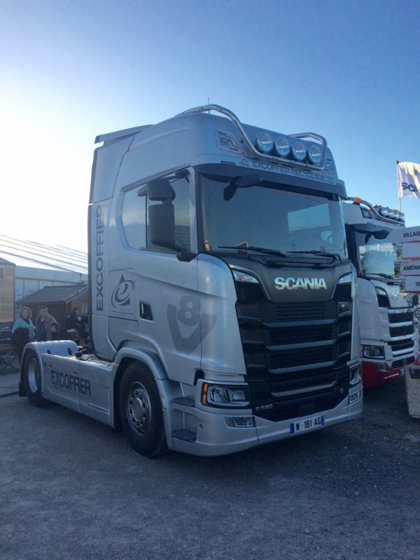 New Scania S580 V8 Excoffier