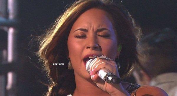 """Notre magnifique Demi était présente sur le plateau de """"Dancing with The Stars"""" ce 27/09 ! Prestation réussie ?"""