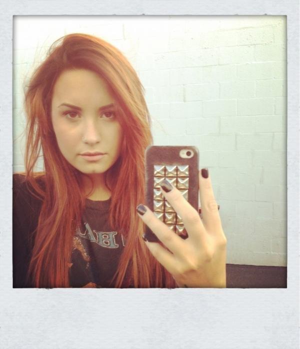 """Demi pour le magazine """"Latina"""" de décembre/Janvier. + Vidéo."""