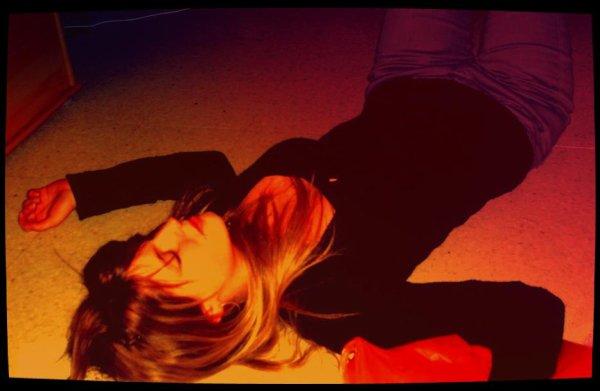 Un jour, je veux que tu reviennes, puis le suivant je ne veux même plus penser à toi. Je suis perdue, vraiment. Et c'est entièrement ta faute.