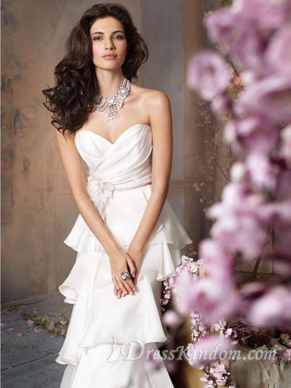 Simple lace wedding dresses also make you noble blog de for Paying for a wedding dress