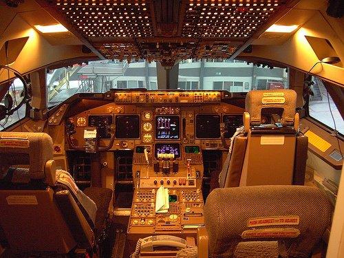 Lufthansa Boeing 747-400 Cockpit