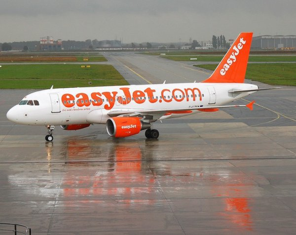 airbus A319 easy jet