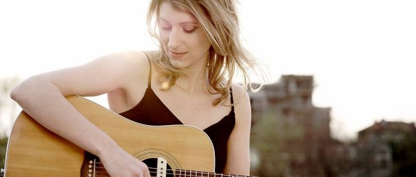 """Découvrez Gaëlle BUSWEL : """"La nouvelle et extraordinaire voix blues française"""""""