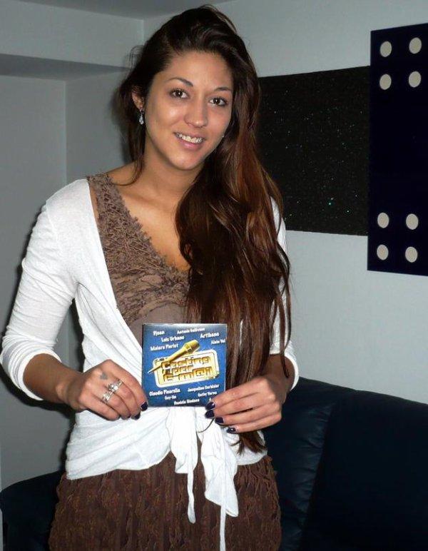 MAI PIERLOT reçoit à GOLD FM, la 1ère compilation de CASTING PAR E-MAIL