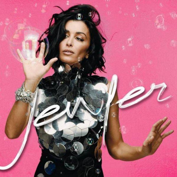 """Découvrez le dernier clip de Jenifer : """"Les jours électriques"""" - Album """"L'amour et moi"""""""