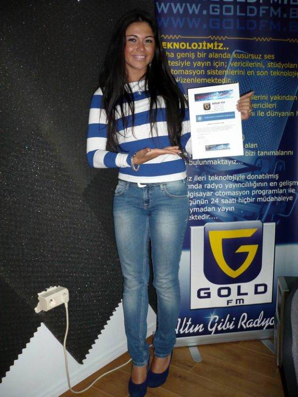 ASYE YILDIZLI termine avec brio son stage à GOLD FM !!!