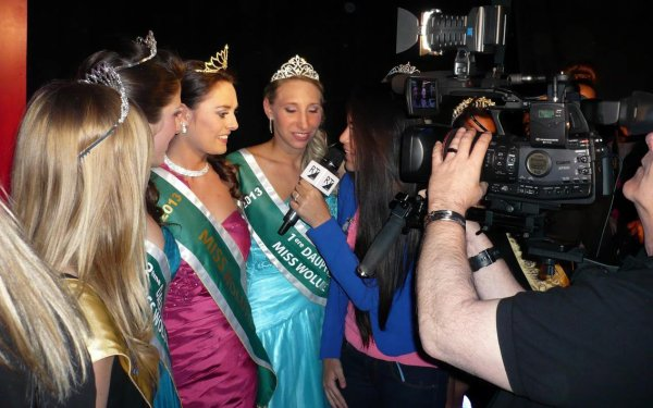 Charlotte Dallemagne - 23 ans - Miss Woluwe 2013