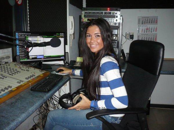 Suite à la réussite de son stage à GOLD FM, Asye devient PUBLIC RELATIONS de BES !!!