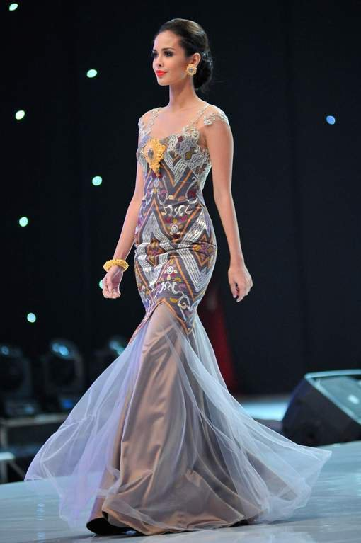 Miss Philippines, Megan Young 23 ans, couronnée Miss Monde 2013