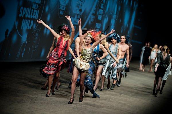 """Défilé de l'asbl """"Les Petits Riens"""" : MAIARA PIERLOT styliste designer !!!"""