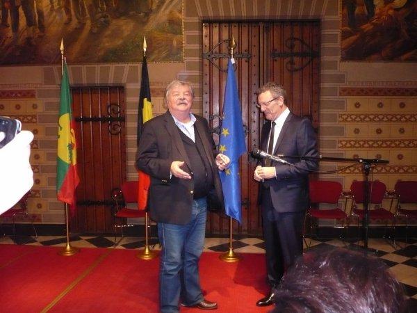 Passation de pouvoir : Yvan Mayeur, nouveau Bourgmestre de Bruxelles