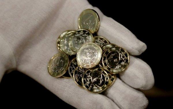 BES ACTU : Le Roi Philippe frappe les nouvelles pièces à son éfigie