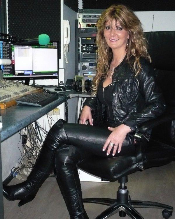 Hanny - D, invitée d'honneur des Etoiles de BES / GOLD FM : 12.03.2014